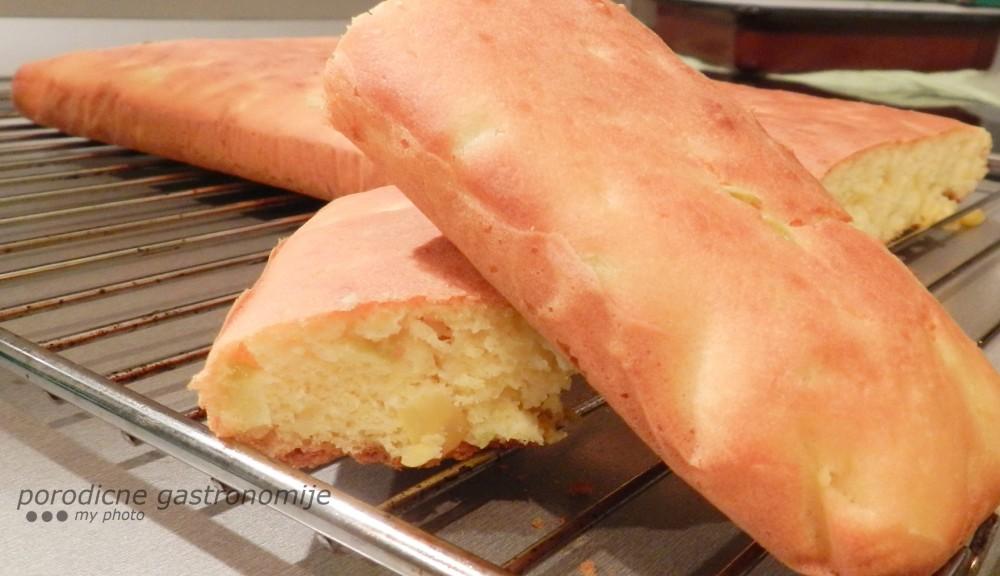 Kukuruzni hleb sa ljutom papricicom i kukuruzom secercem i ljutom papricicom sa wm