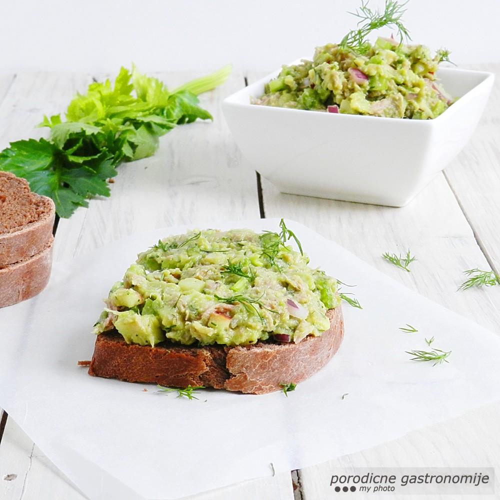 salata od tune i avokada2 sa wm