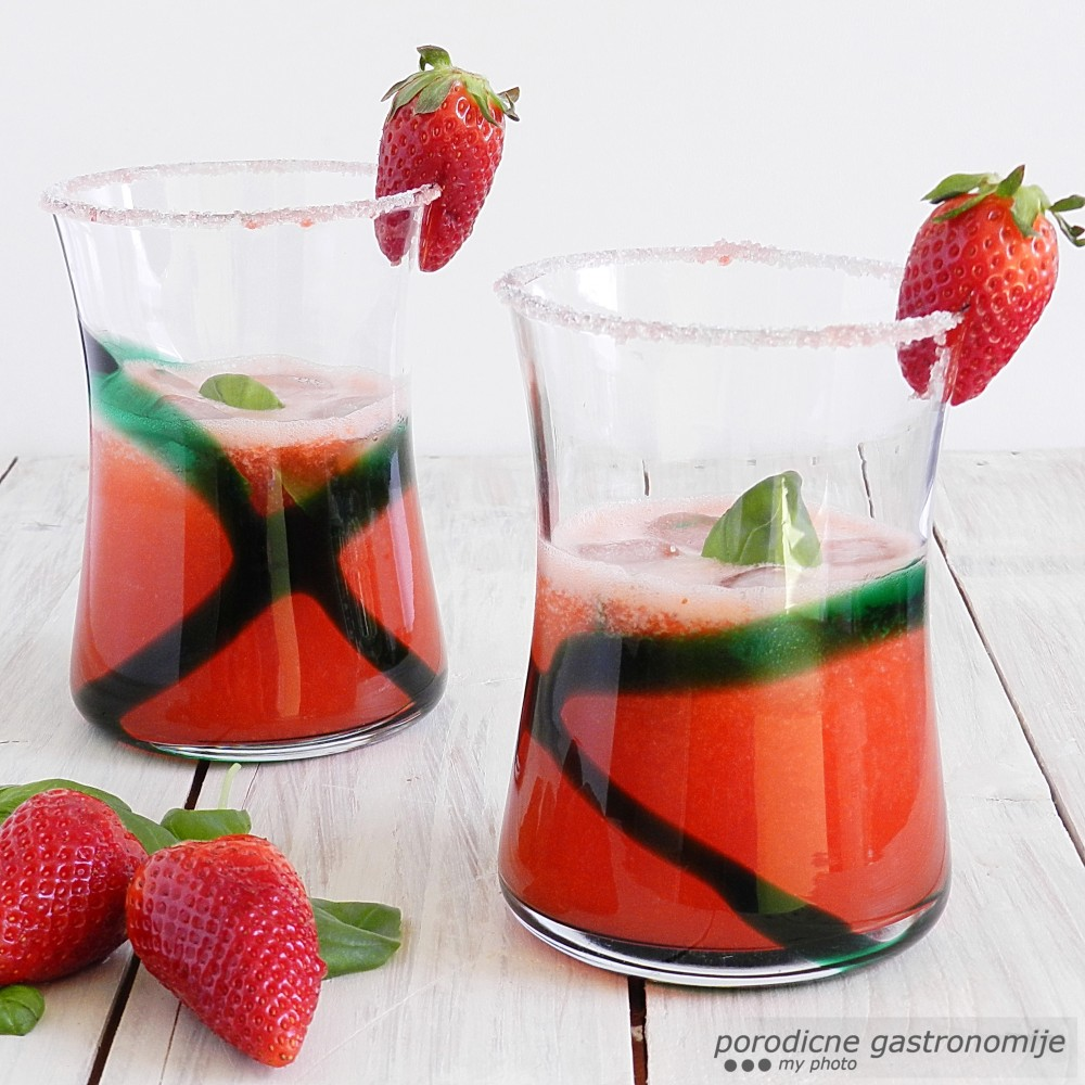 limunada od jagoda3 sa wm