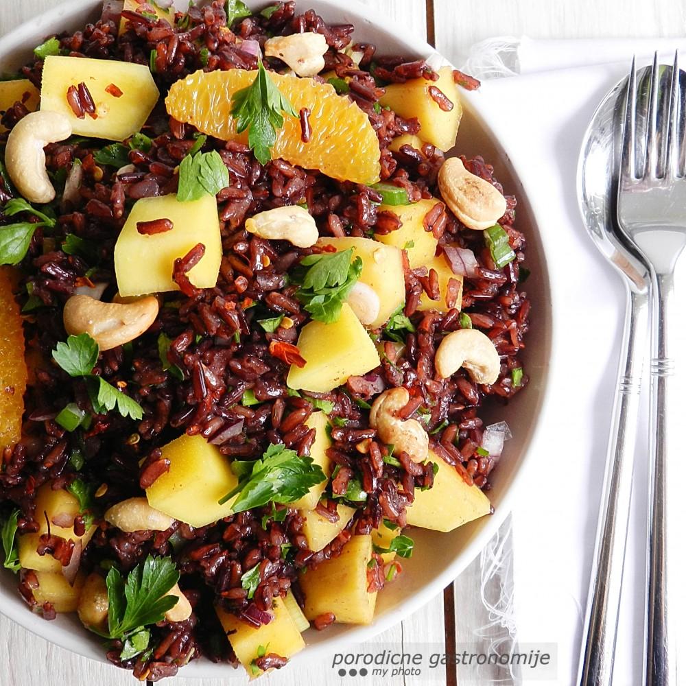 salata od crnog pirinca1 sa wm