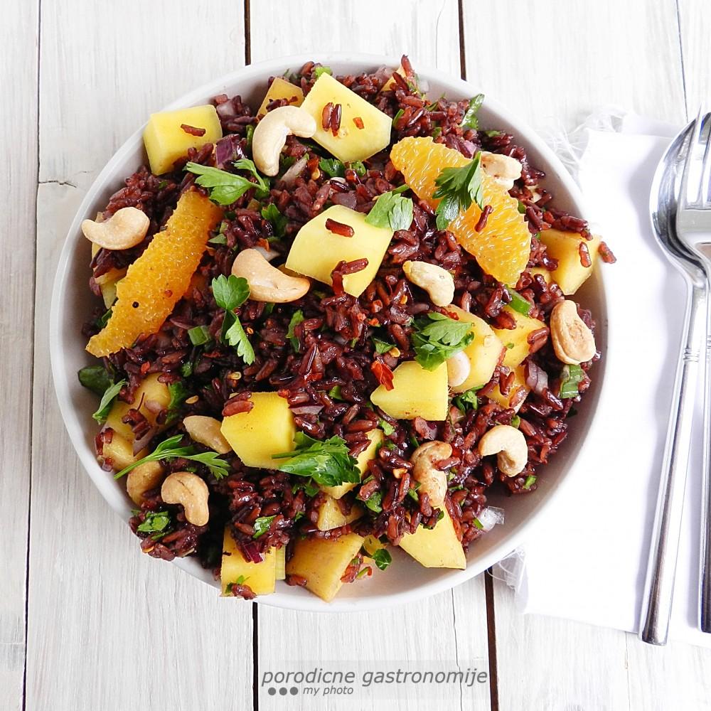 salata od crnog pirinca3 sa wm