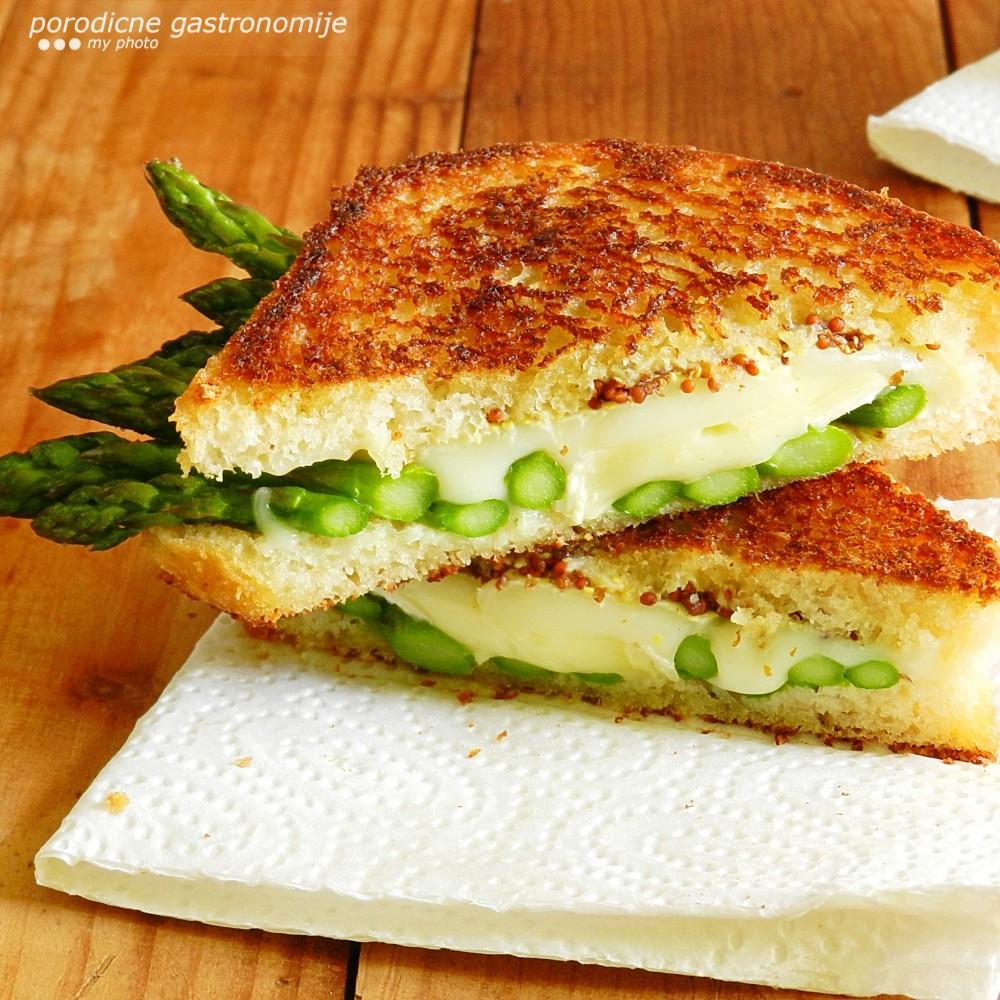 grilovani sendvic sa sirom i sparogama1 sa wm