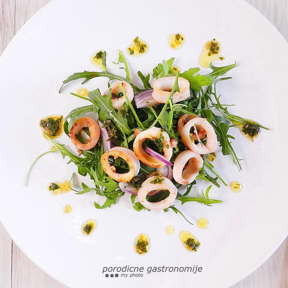 salata sa lignjama1bbb sa wm